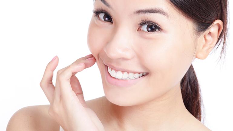 Главные опасности отбеливающей зубной пасты